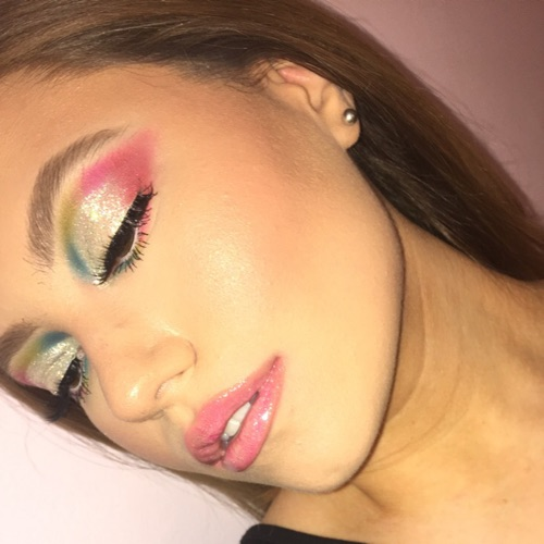 @Glambygabby's profile photo