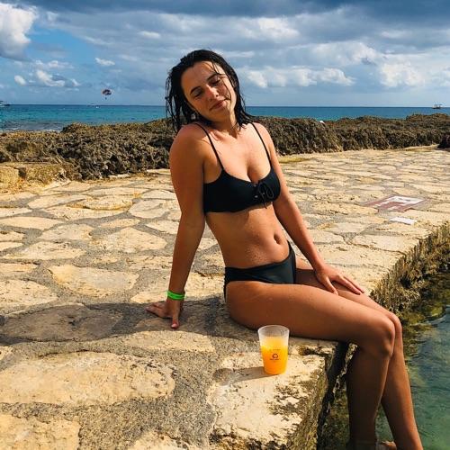 @alexisanna's profile photo