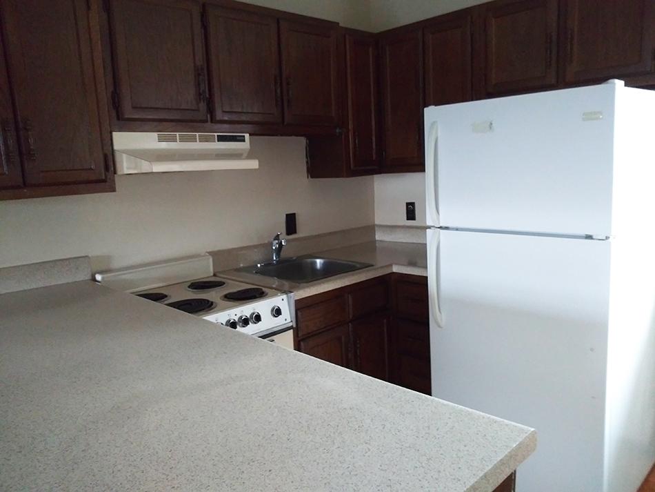 Kitchen2 (3).jpg