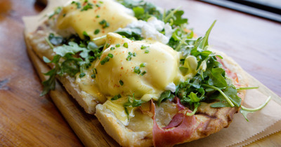 Eggs Benedict Flatbread