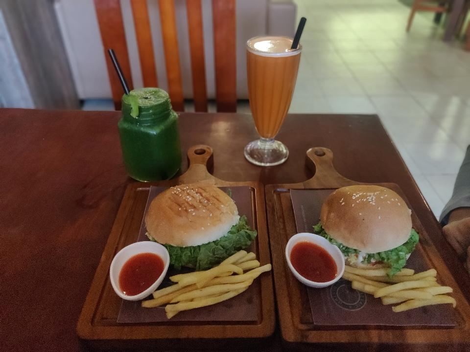 #burger luv#