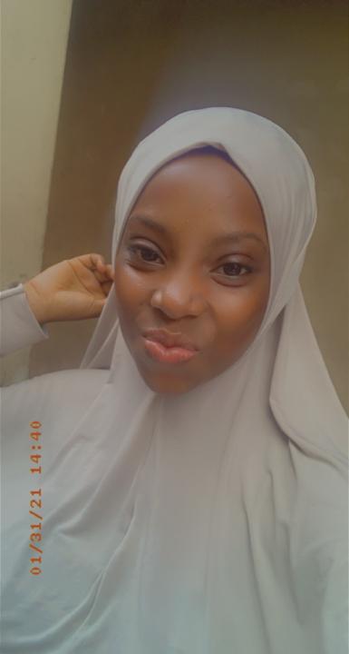 Zainab tolu (@zainab)