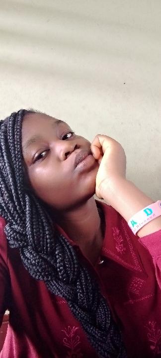 Adeyemi Favour (@adeyemifavour)