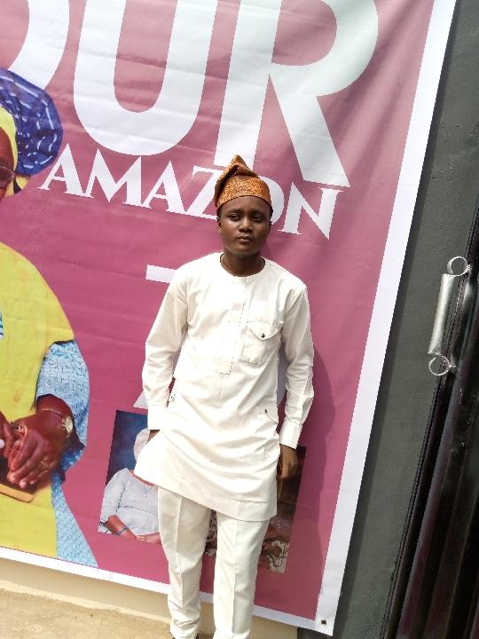 Eniola Adeoyolanu (@eniolaadeoyolanu)