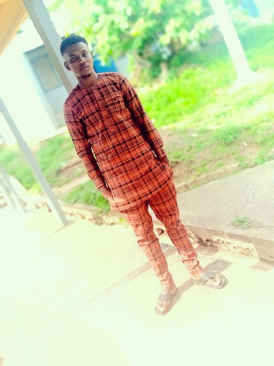Olatunji Ayomide (@olatunjiayomide)