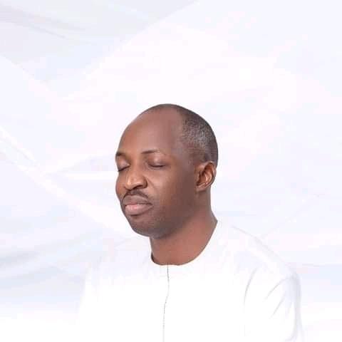 Oluwatobi Olapade (@oluwatobiolapade)
