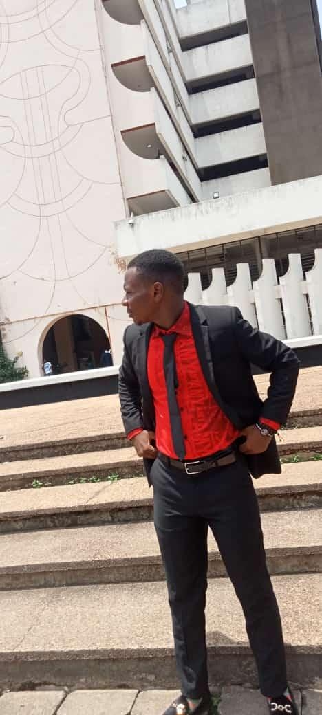 Adesiyan Oluwatobi (@adesiyanoluwatobi)