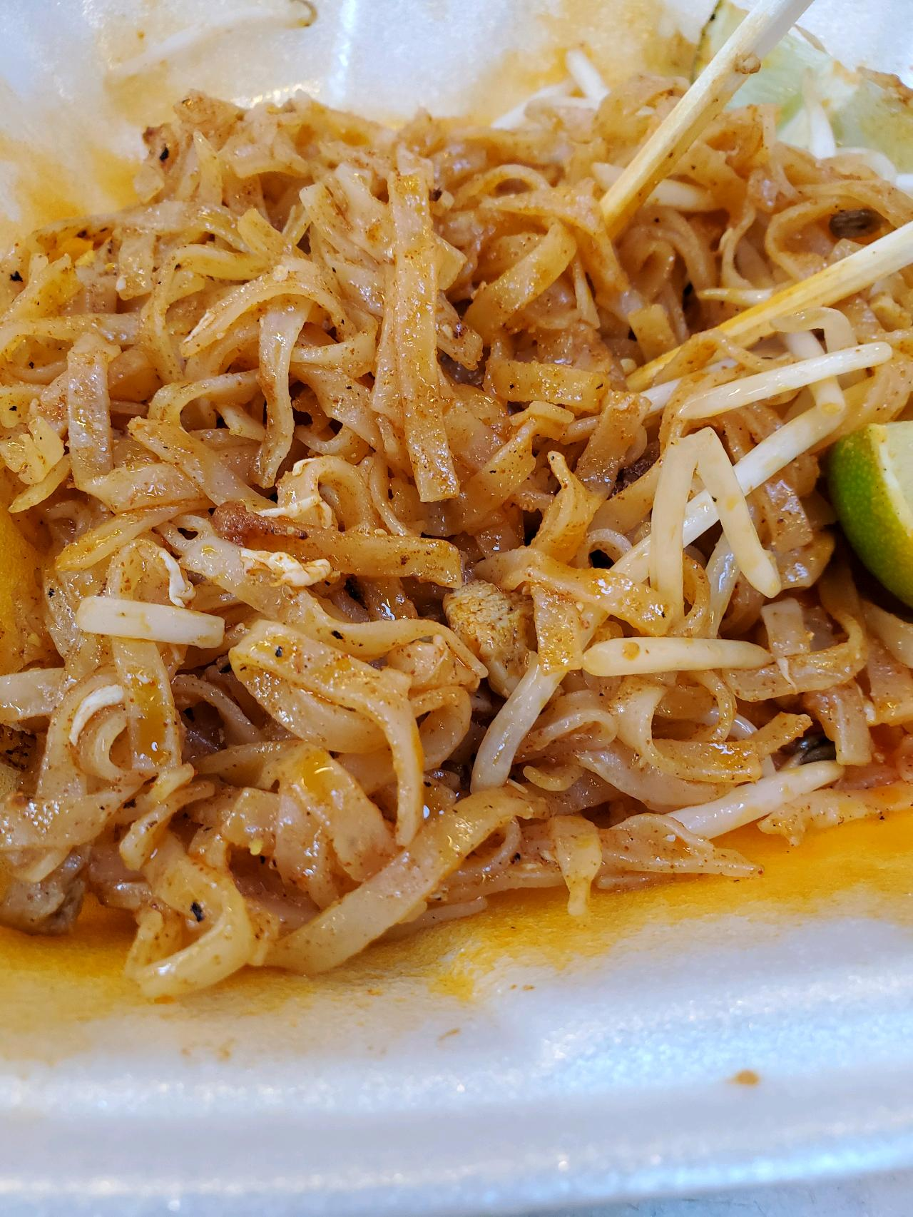 yummy. Pad Thai.