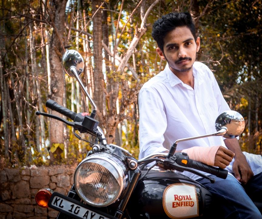 Amith Sekhar m (@amithmannadi)