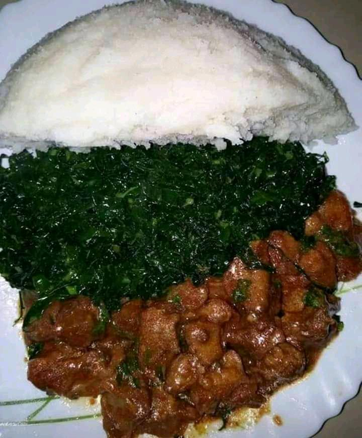 ugali (maize flour) meat and greens 🇰🇪🇰🇪🇰🇪🇰🇪 #cookingrecipeshq