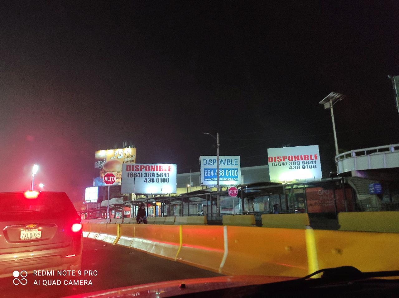 how long is San ysidro ready lane Tijuana #SanDiego border?