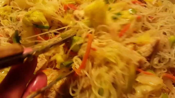 pancit bihon sotanghon guisado recipe filipino food near me
