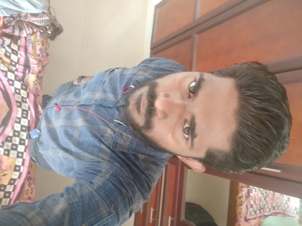 Vivek (@vivi)