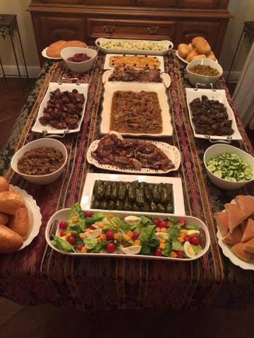 happy #eid-al-adha #friends #hangout #bigdinner #biriyani #arabian_style 🍗🥙🥗