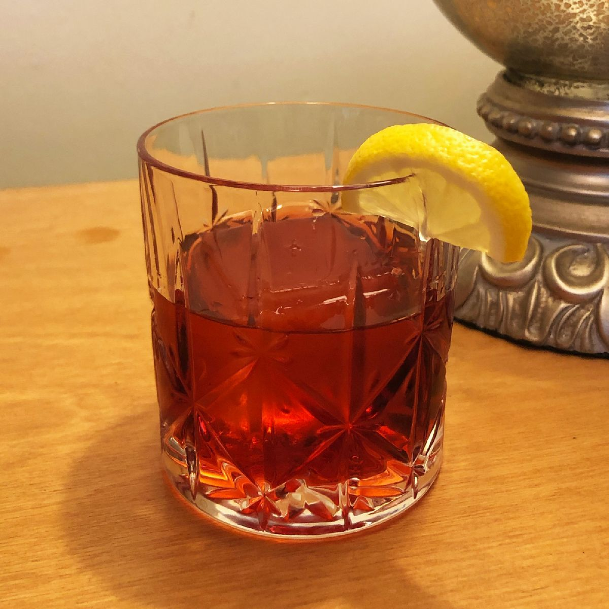 This is said to be Queen Elizabeth's favorite cocktail (one of four she has daily). It's served to her before lunch with