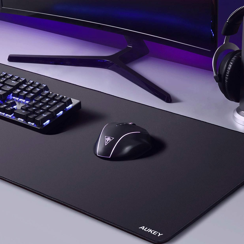 Give yourself some space with Aukey's $10 XXL gaming mousepad