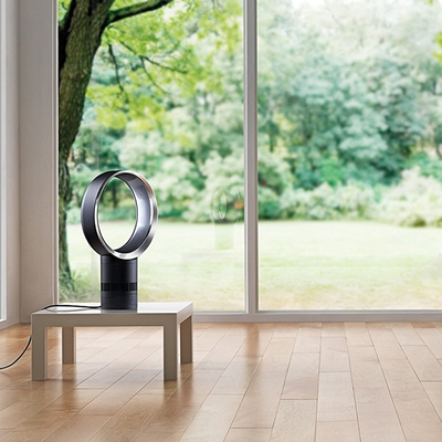 Dyson's bladeless Air Multiplier Desk Fan can keep your room cool at a $90 discount