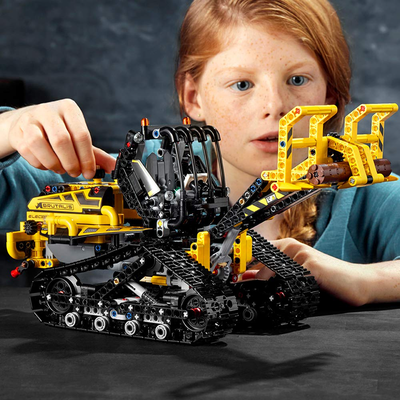 Live out your construction worker dreams with the new Lego Technic Tracked Loader at almost 20% off