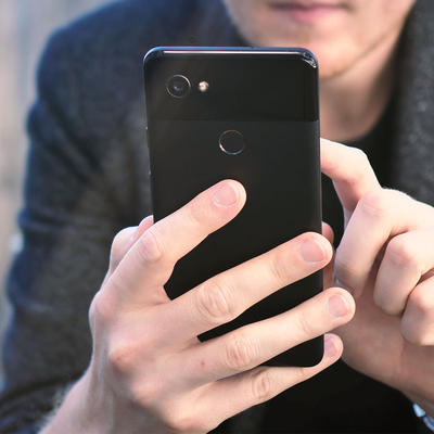 Step up to the Google Pixel 2 XL with this rare $500 discount