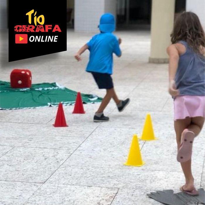 30 minutos de brincadeiras ao vivo com Tio Girafa Online