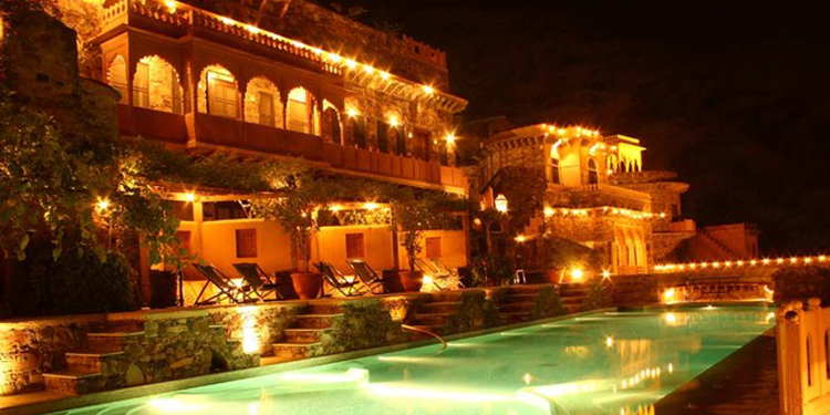 A date like never before in a Limo like ride to royal and astonishing Neemrana Fort of 15th-century era at Alwar