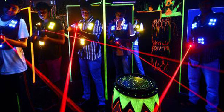 Become a Jedi of Star Wars plan like Legolas, flex your muscles and make a full-proof strategy in a laser war