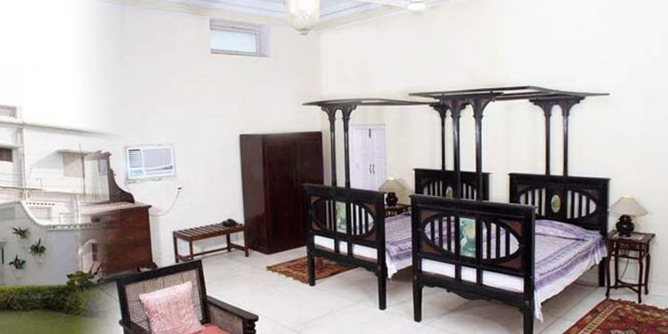 Stay in an early 19th century fort that stands majestically in village Unchagaon.....