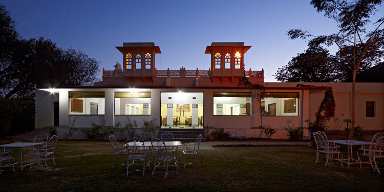 Get a unique Romantic Experience in the lap of nature, close to wilderness is surrounded by the Aravalli Mountains