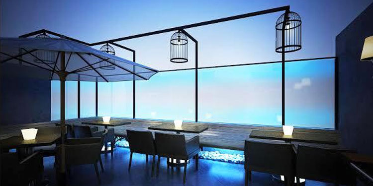 Spend a romantic evening with your date at a beautiful rooftop lounge with nice soothing music and lights...