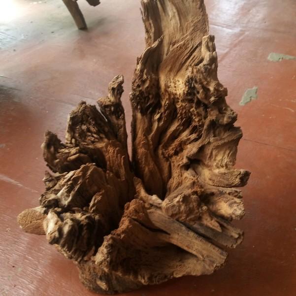 gỗ căm liên như hình
