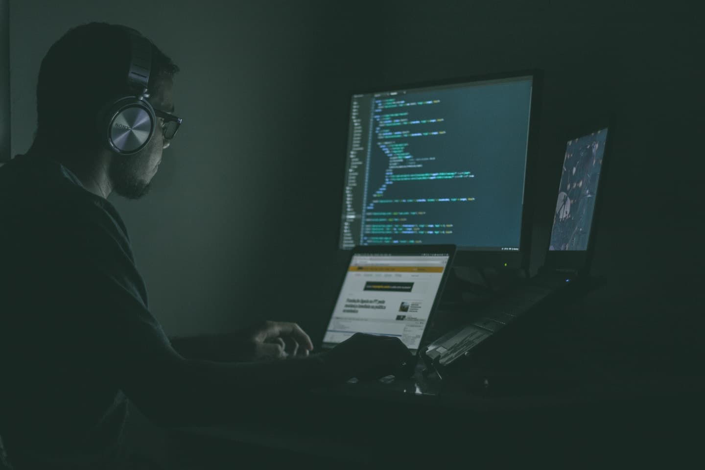 How to Become a Freelance Web Developer