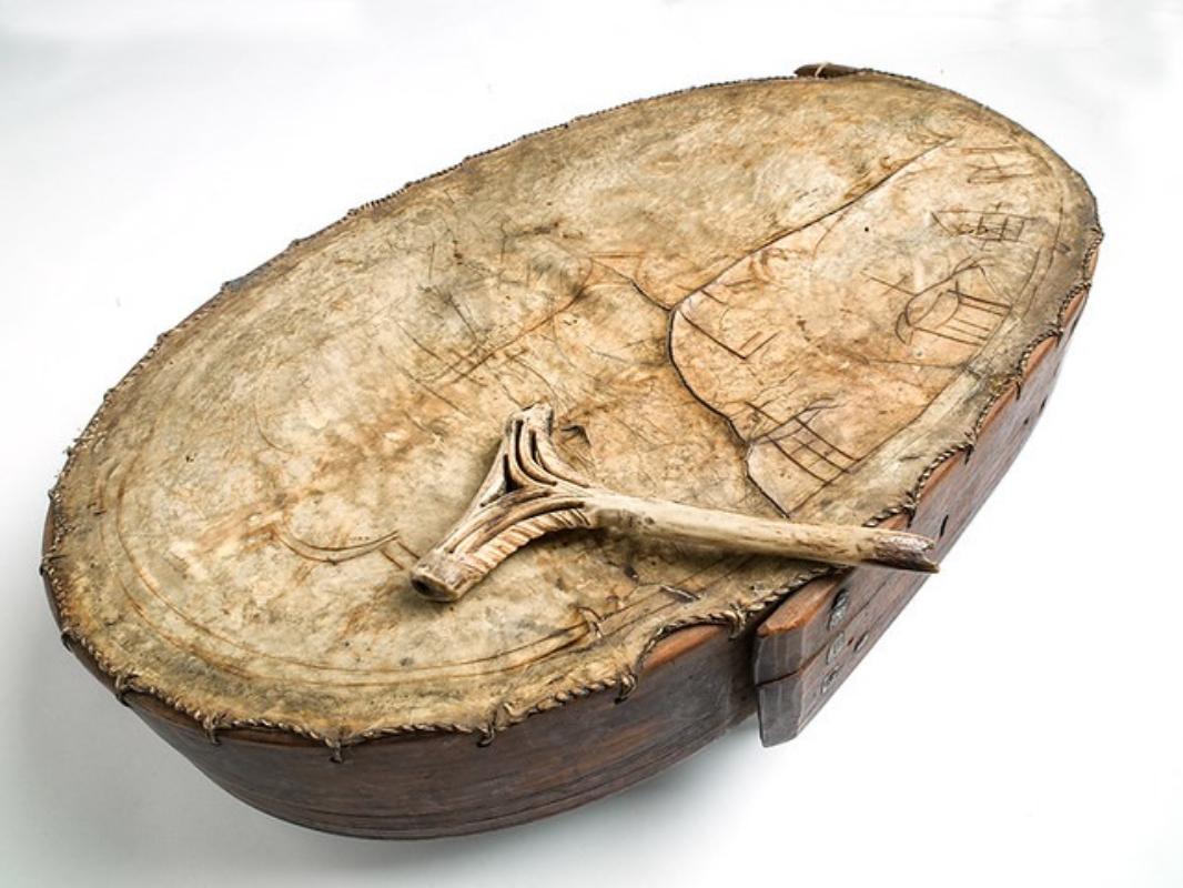 Samisk tromme. Foto: Åge Hojem, NTNU Vitenskapsmuseet