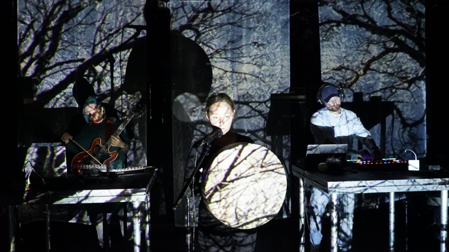 Audiovisuell konsert på Glassbåten på Nyhavna