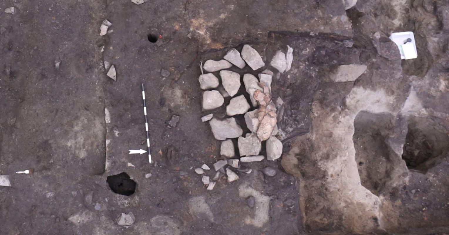 Arkeologiske utgravninger ved Klementskirken. Foto: NIKU/ fotograf Anna K. Wändahl
