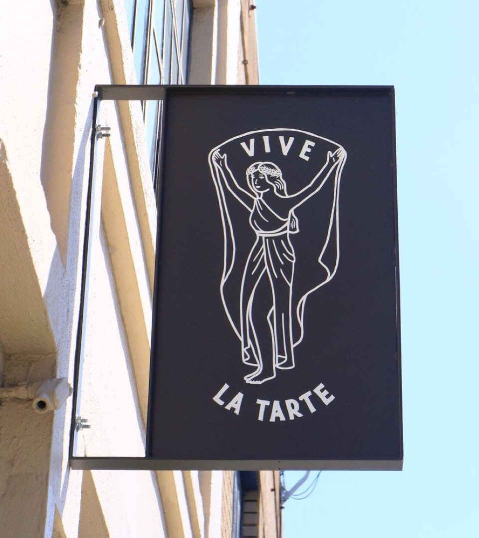 Thumbnail of Love Vive La Tarte!!