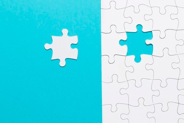 Viết nhật ký giúp bạn giải quyết vấn đề - Nguồn ảnh: Freepick. Chỉnh sửa: undertrees.net