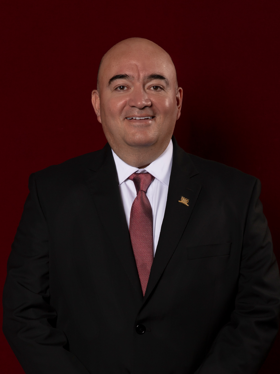 Lic. Emilio Alfáro López