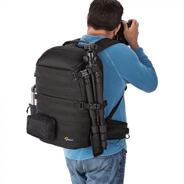 Lowepro protactic bagpack