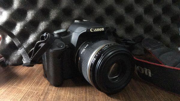 Canon 500D w/ EF-S 60mm f/2.8 Macro USM Lens