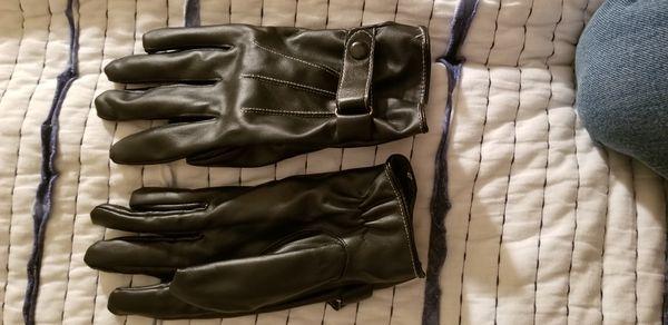 Stylish Black Gloves