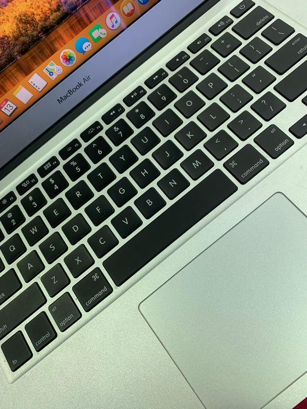 """MacBook Air 11"""" and 13"""" - $20 Rent"""