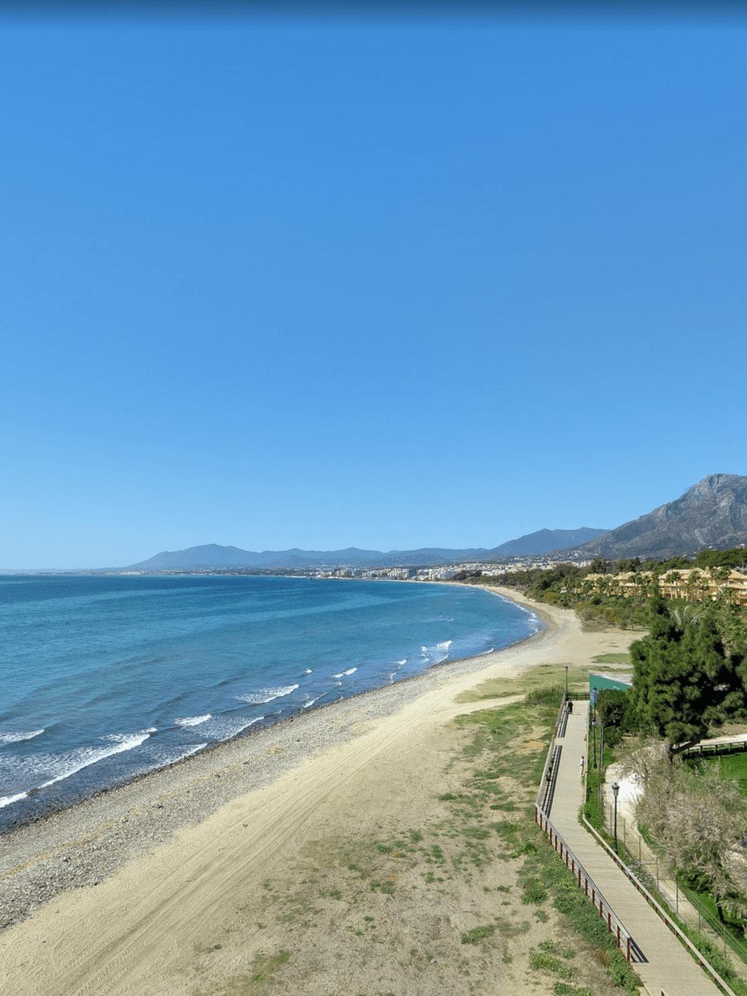 Alquileres de Casas Vacacionales en Playa de Los Monteros
