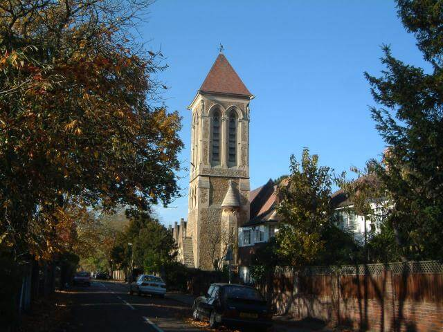 Holiday Rentals in East Sheen