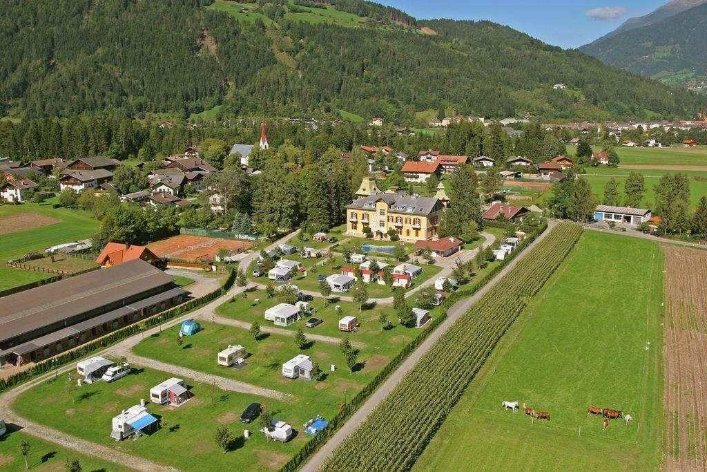 Location: Amlacherhof