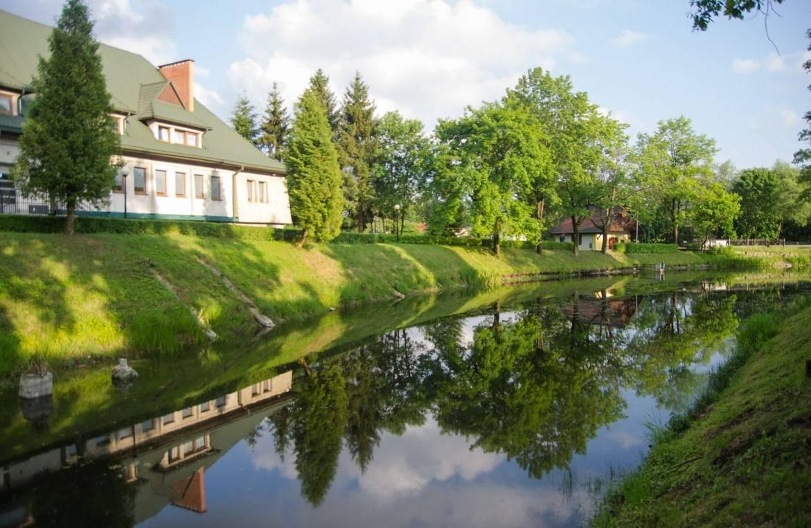 Location: Hotel Palac Olszanica