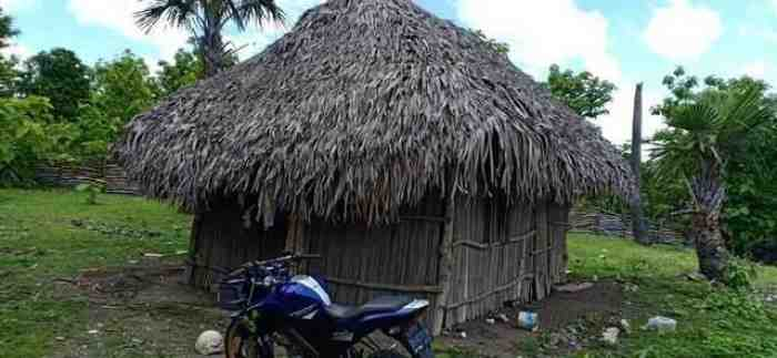 Kisah Pilu Bocah di NTT yang Tinggal di Gubuk Reyot Tanpa Orang Tua