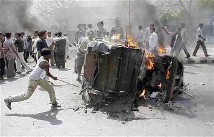 Bentrok Umat Islam-Hindu di India Akibat UU Anti Muslim, Sebabkan 20 Orang Tewas