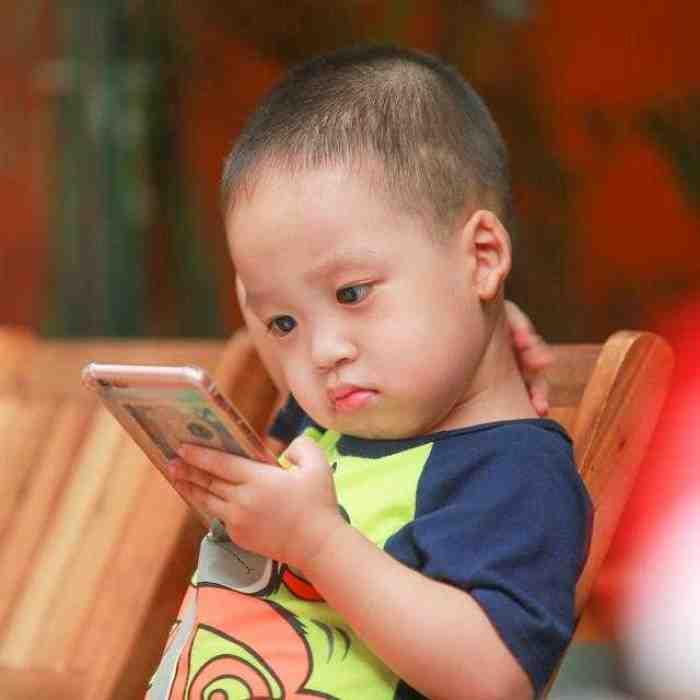 Social Distancing Berdampak Besar Pada Anak, ini Solusi Atasinya