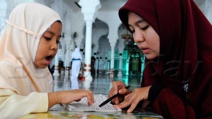 Cara Mudah Mengajari Anak Hafalan Doa Sehari-Hari