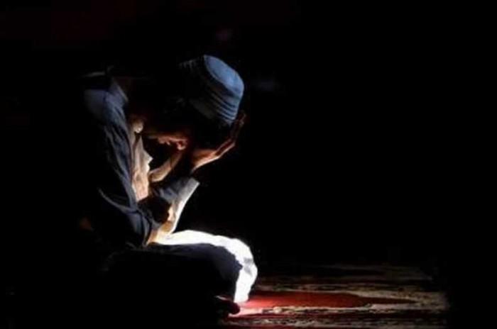 Jangan Bangga Saat Dipuji, Sebaiknya Baca Doa ini